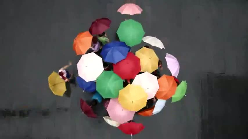 yoplait-yoghurt-umbrellas-600-25574