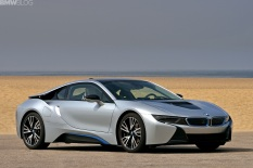 2015-bmw-i8-photos-59