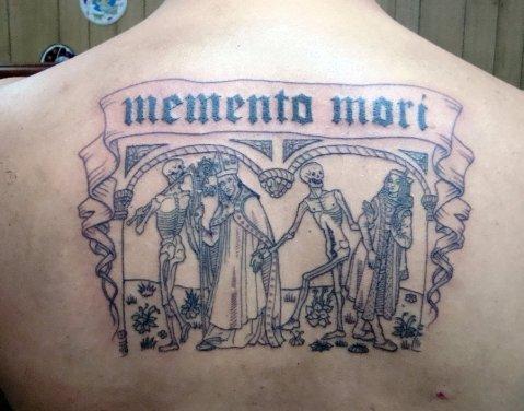 04. Dança macabra e memento, mori, por Stigmatattoo.