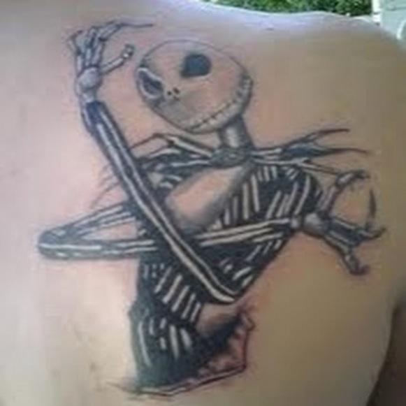 05. Tatuagem gótica.