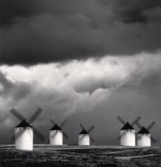 Michael Kenna. Campo de Criptana, La Mancha, Hiszpania, 1996.