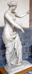 06. Afrodite de Cápua, cópia romana de 310-200 a.C. Museu Arqueológico de Nápoles - Cópia