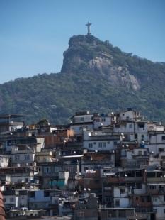Cristo Redentor e Favela