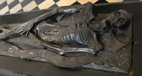 transi-de-guillaume-lefranchois-apres-1446-musee-des-beaux-arts-darras-2