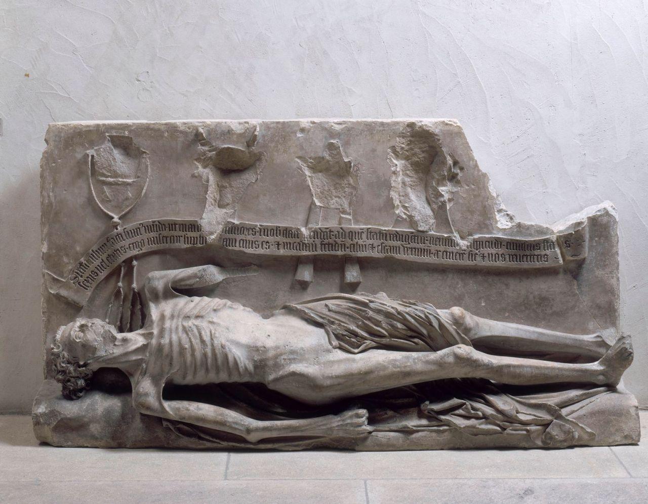 transi-du-cardinal-jean-de-la-grange-mort-en-1402-musee-du-petit-palais-avignonxiveme-xveme-siecles-tu-seras-bientot-comme-moi-un-cadavre-hideux-pature-des-vers