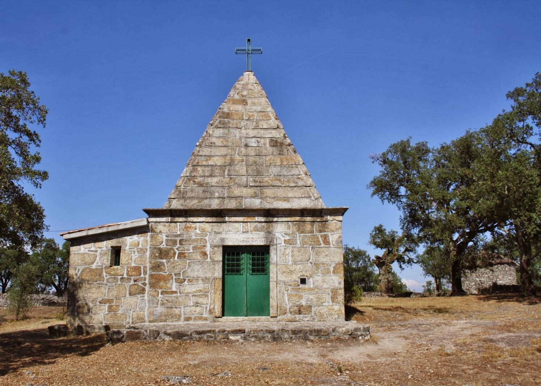 Capela de São Romão na Citânia de Briteiros. Guimarães.