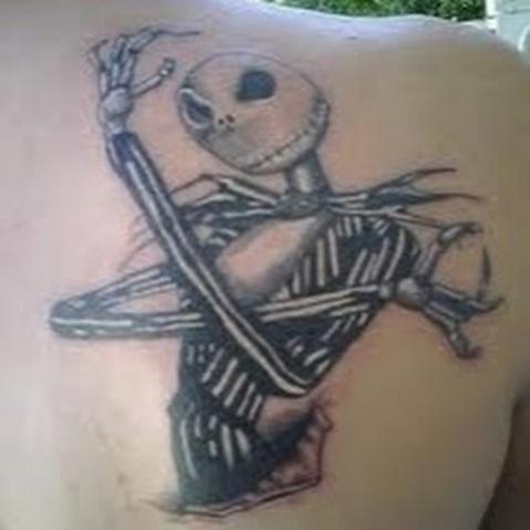06. Tatuagem gótica.