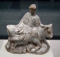 02. Europa e o Touro. Terracota grega, 480–460 a.C.
