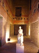 25. Estátua. Domus Aurea.