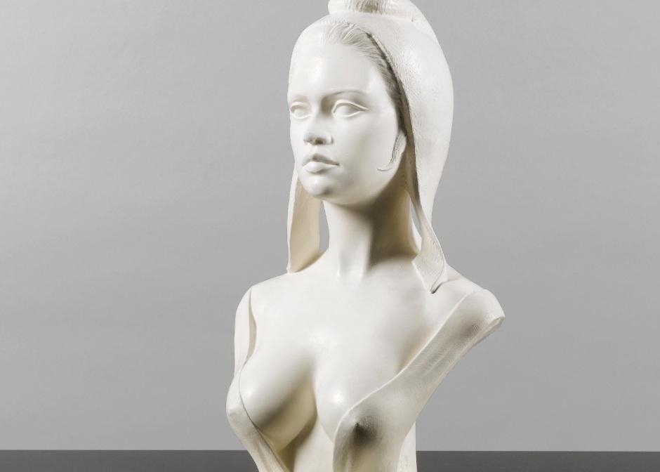 Busto de Maria com Brigitte Bardot como modelo.