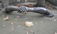 02. Hand in hand, Père Lachaise cemetery, Paris. By Grangeburn