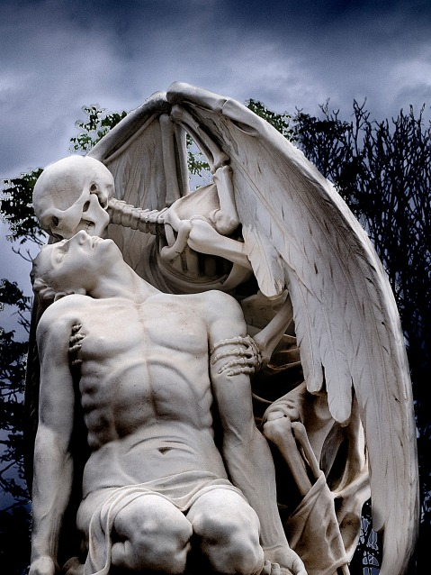 02. The Kiss Of Death, Poblenou Cemetery, Barcelona, Spain