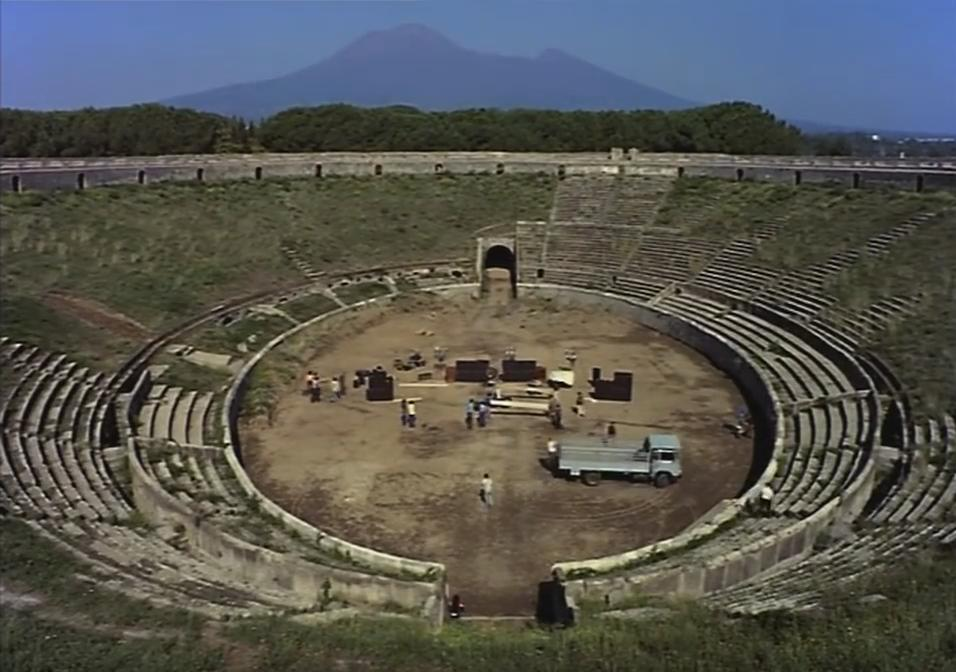 Pink Floyd. One of these days. Meddle. 1971. Video extracted from the DVD Pink Floyd Live @ Pompeii (The Director's Cut).