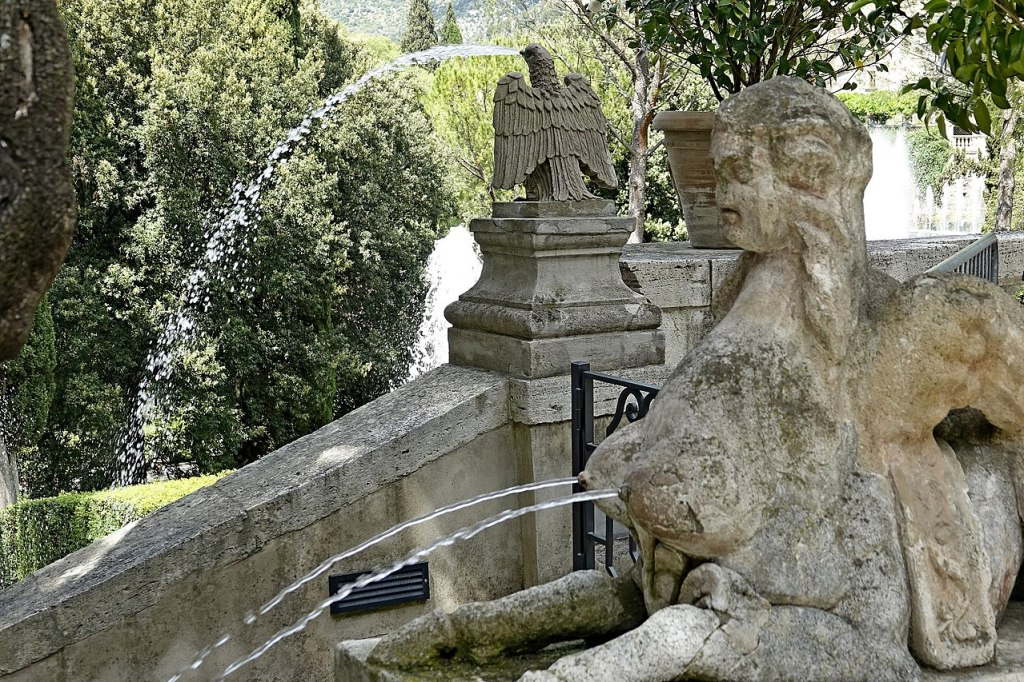 14. Escadario de acesso aos jardins. Villa d'Este. Tivoli